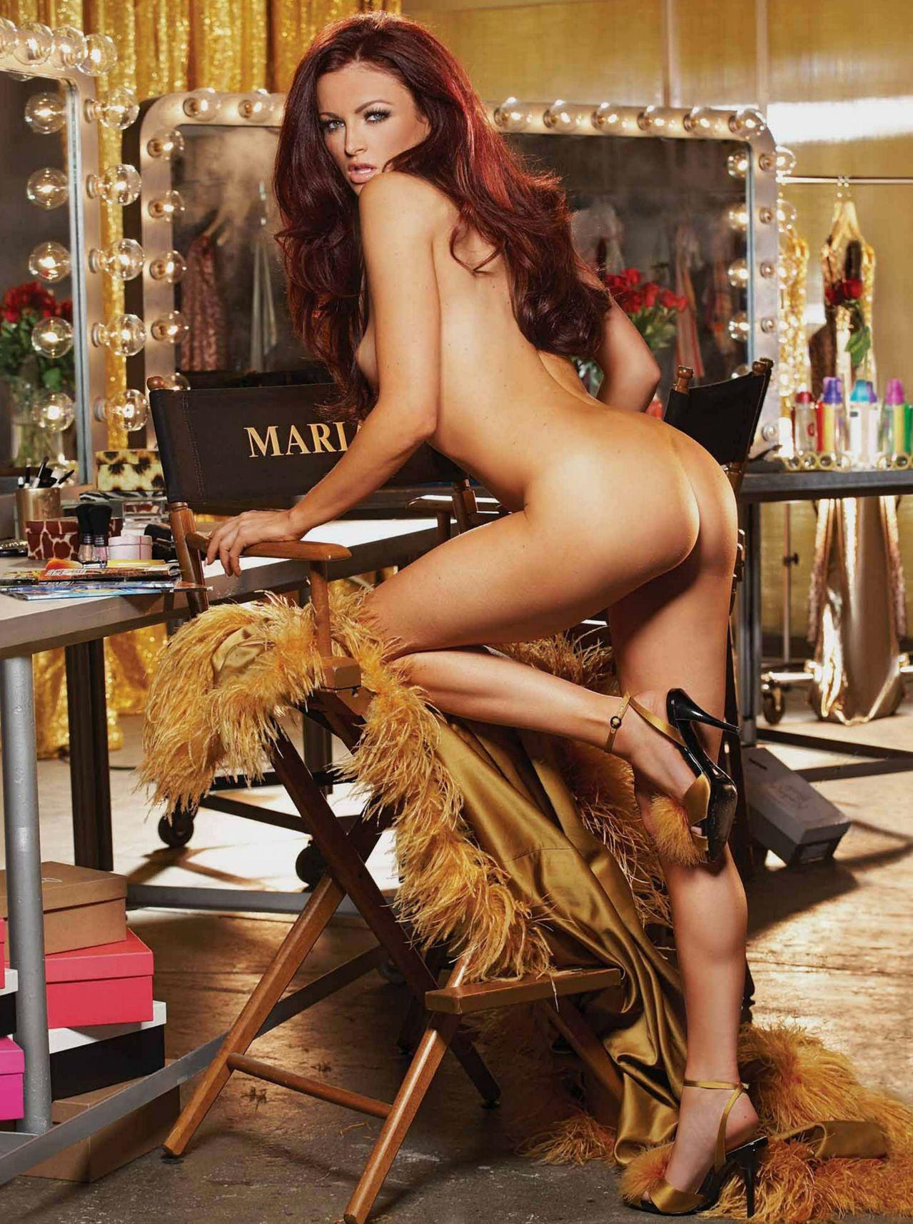 Girl licks beyonce naked