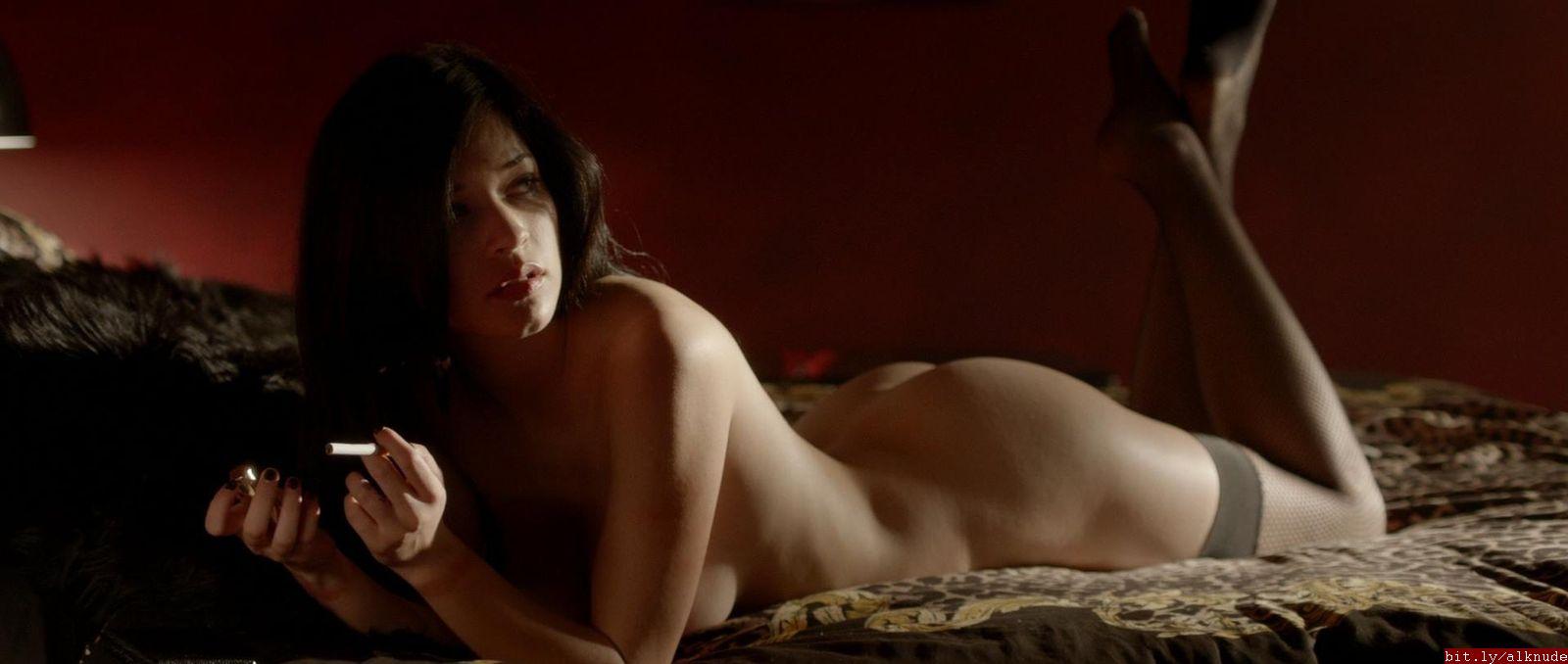 alexis knapp nude