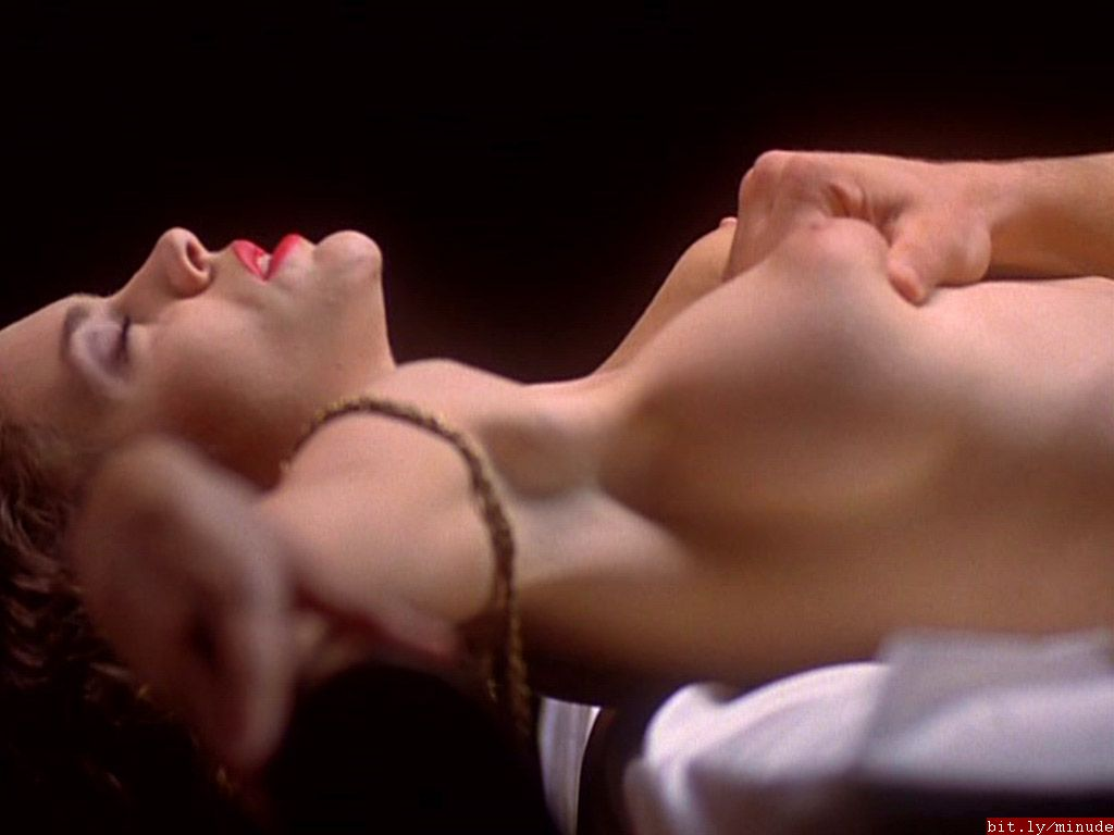 Alyssa milano nude embrace of the vampire