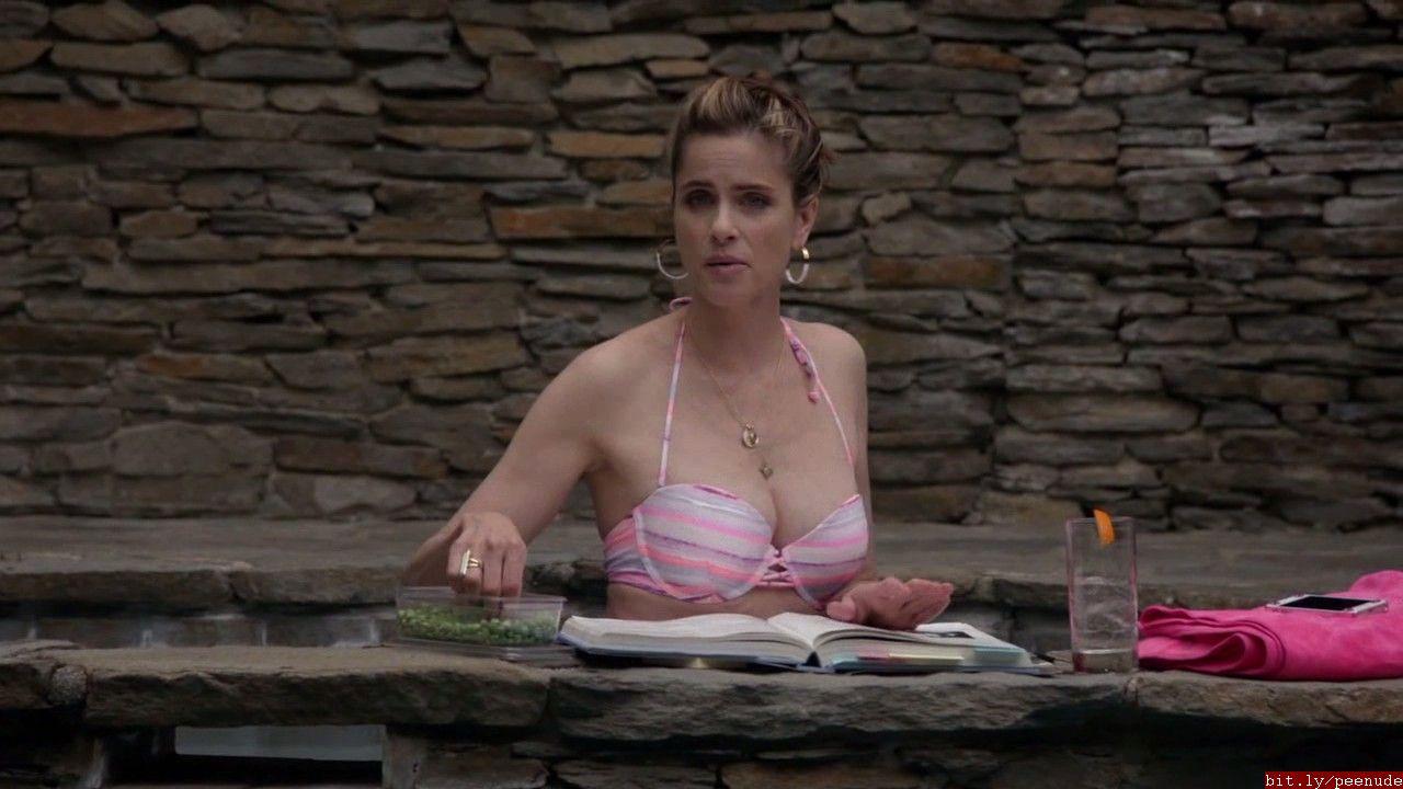 Amanda peet nude togetherness s01e02 5