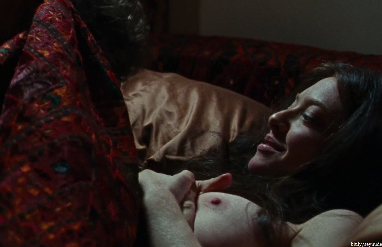 Amanda seyfried lovelace nude scenes