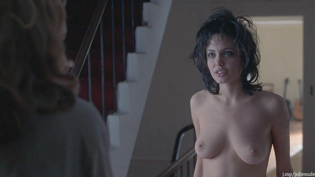 Jessica pare nude scene
