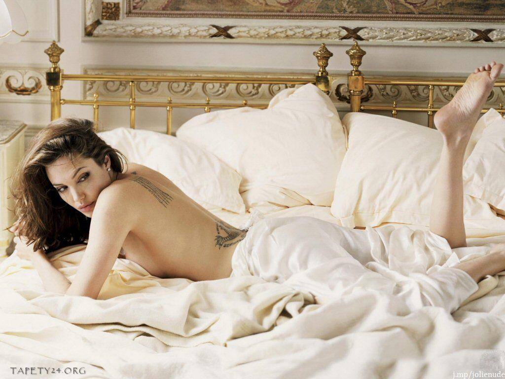 Angelina Jolie Naked Photo Shoot 64