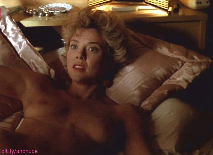 annette bening nude photos