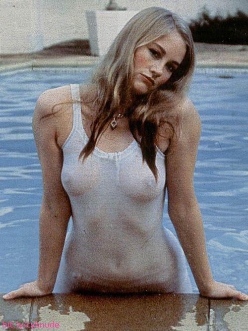 Cybill shepherd nude pics