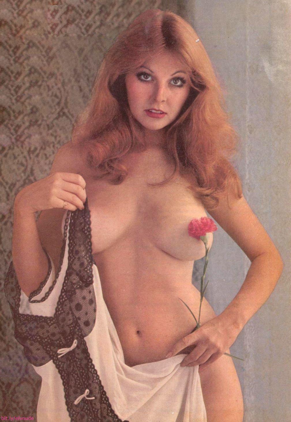 Cassandra peterson nude pics