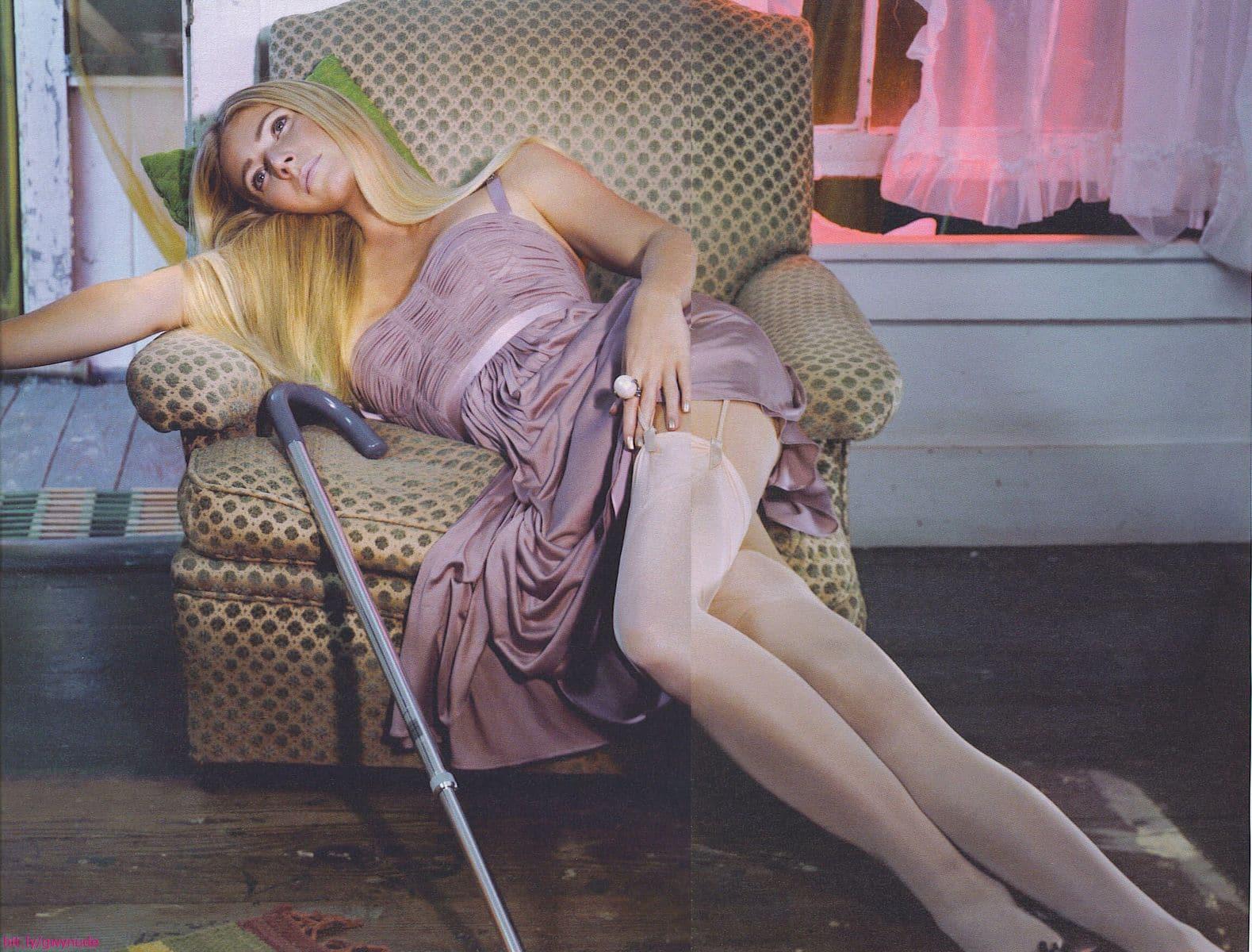 gwyneth paltrow nude paparazzi