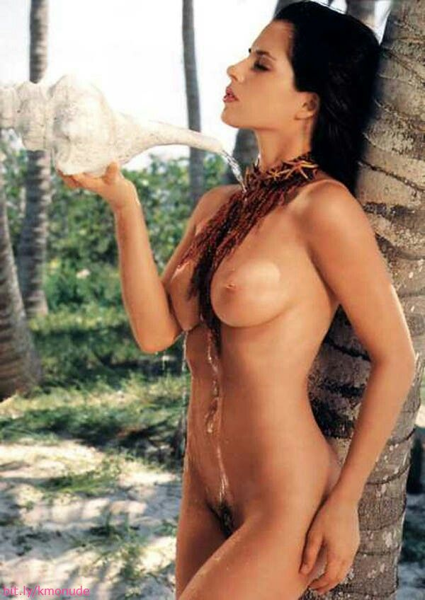 Naked Pictures Of Kelly Monaco