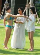 kylie-jenner-bikini-pics-11