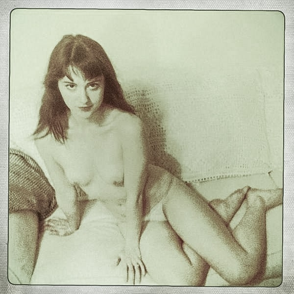 The Nudes Arent Anything Crazy Just Several Pictures Of Winstead Naked On The Couch Shot Through Hipster Filters Pretty Meh Compared To All The Other