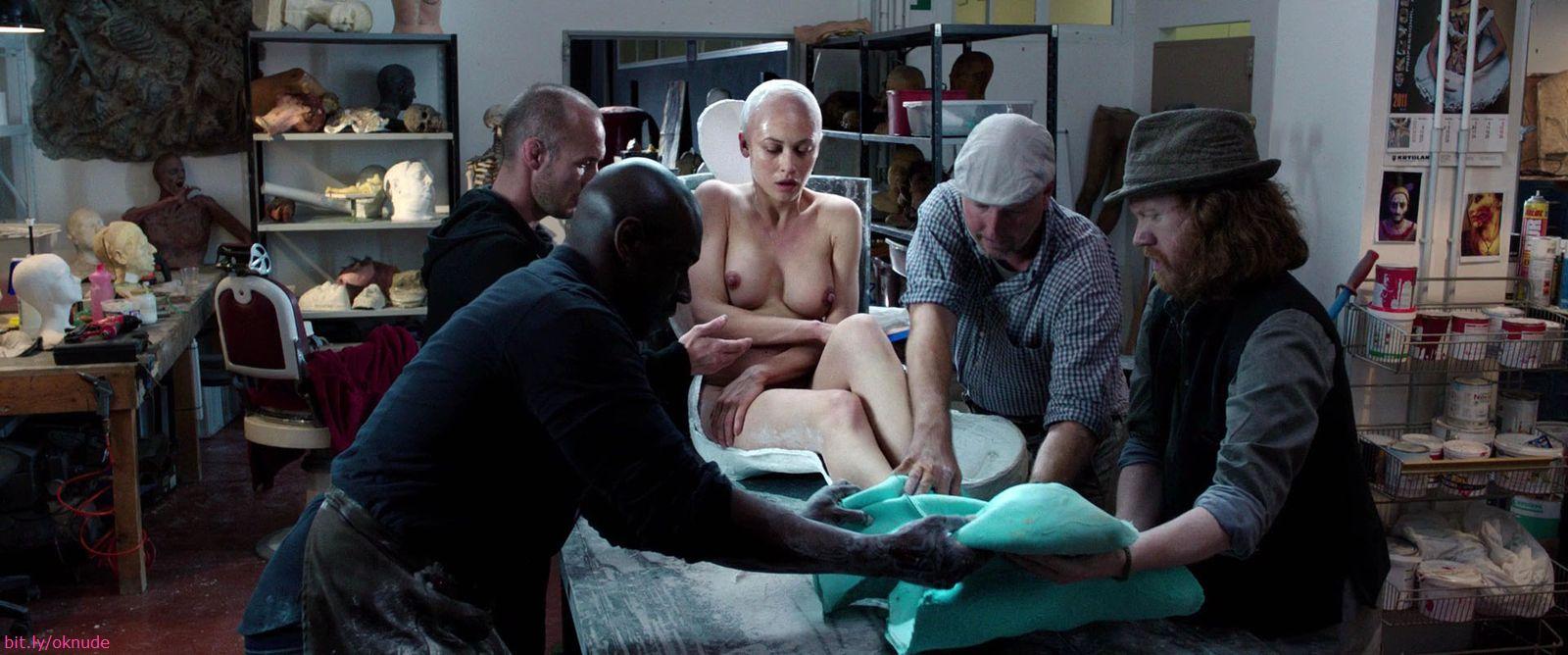 Olga Kurylenko Nude Gallery 30