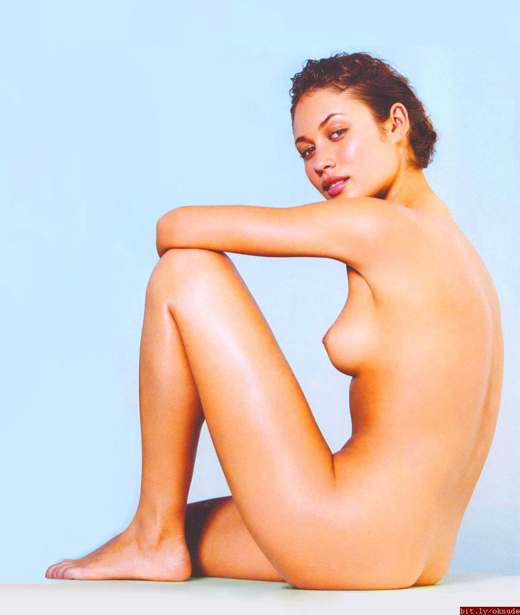 Olga Kurlenko Nude 15