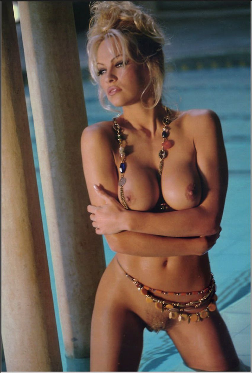 Naked photos of pamela anderson 7