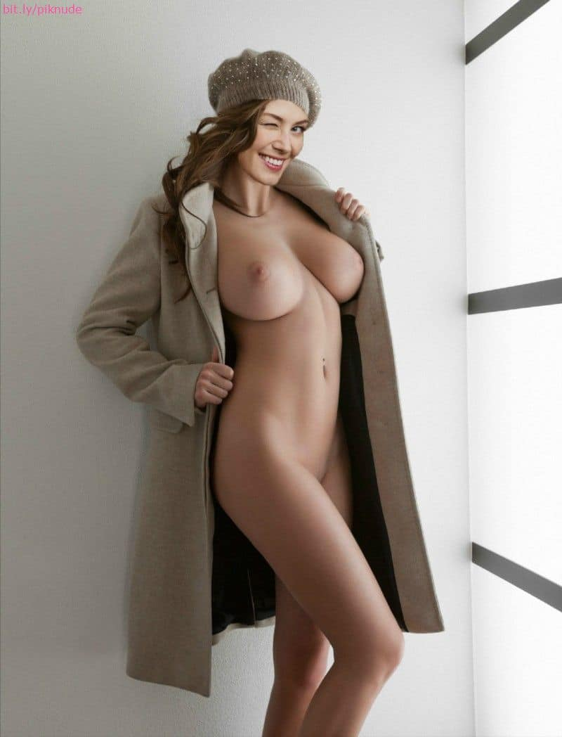 For Rosamund pike fakes xxx apologise, but