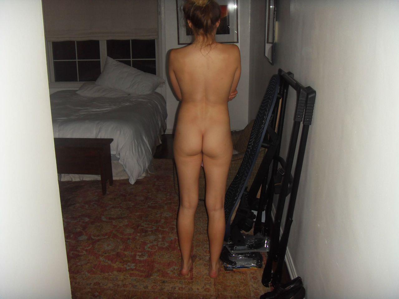 Nude Celebrity Ass 110