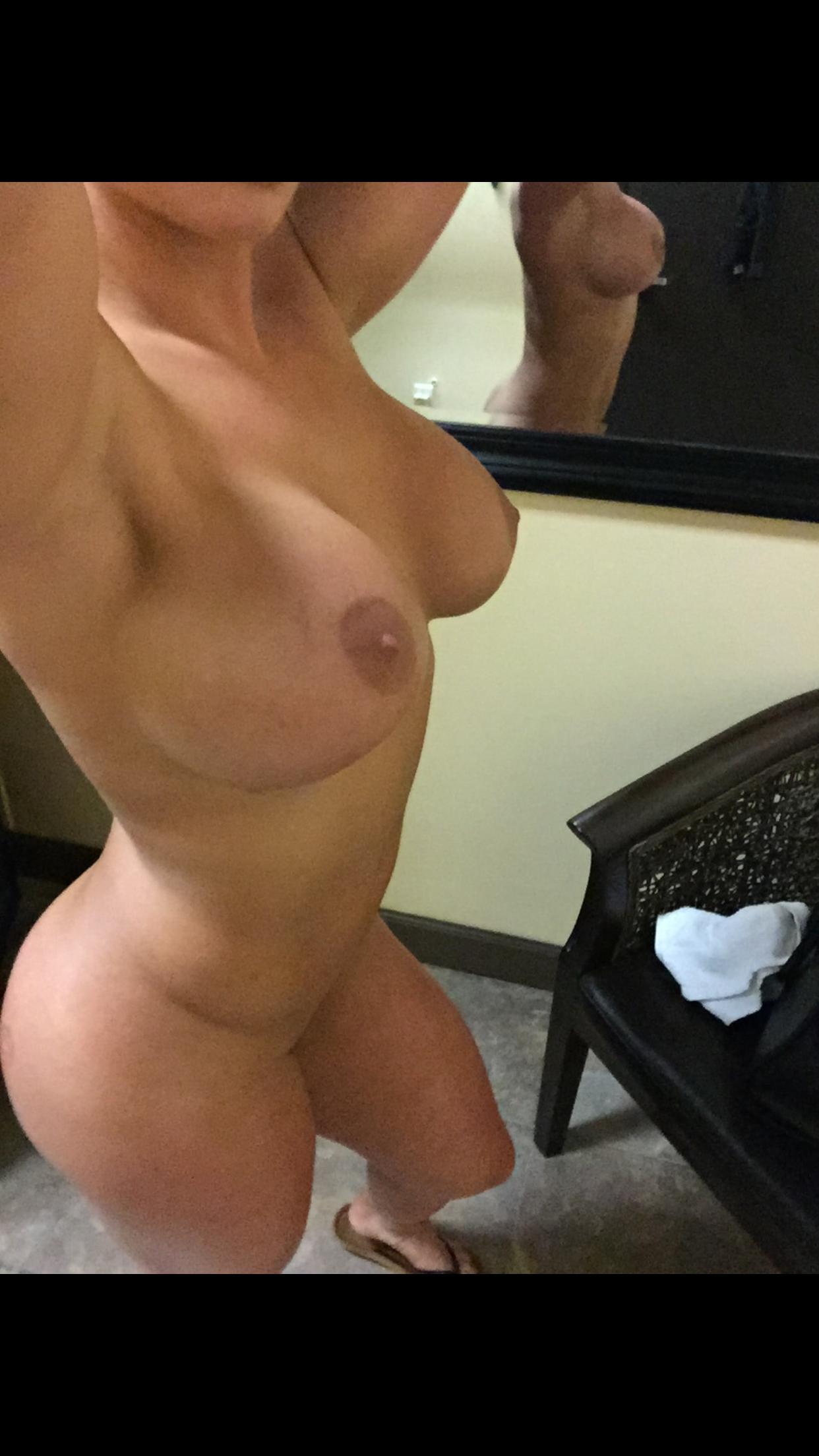 wife sucks huge cock