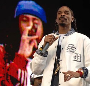 snoop dogg heathrow airport tantrum