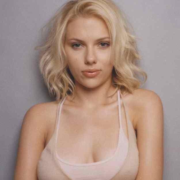 scarlett johansson chest