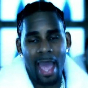 r kelly trial 300x3001 This crash test dummy/robot bot thing is teaching about sexual positions in ...
