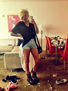 Miley Cyrus at trashed home