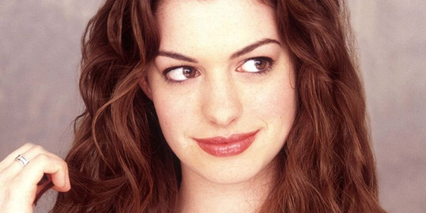 Anne Hathaway Looking Good