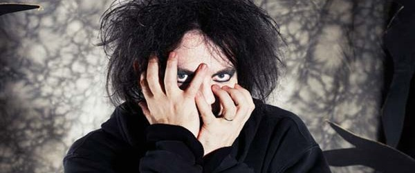 Robert Smith Looking Good