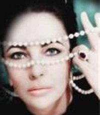 Elizabeth Taylor and Her Pearls