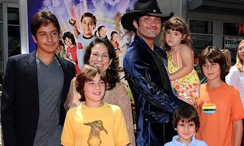 robert rodriguez kids