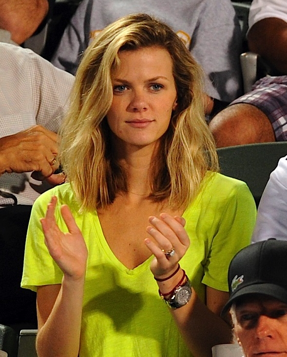 Brooklyn Decker Without Makeup