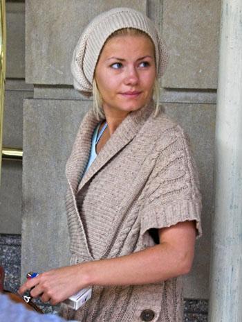 Elisha Cuthbert Without Makeup