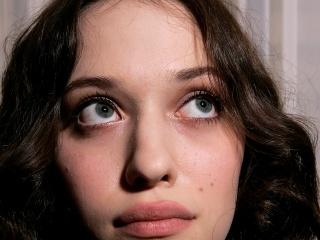 Kat Dennings Without Makeup