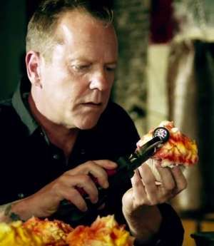 kiefer sutherland acer cupcakes
