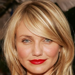 Cameron Diaz is a pretty object