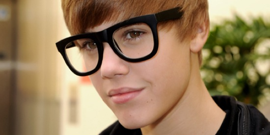 Justin Bieber and his dumb glasses