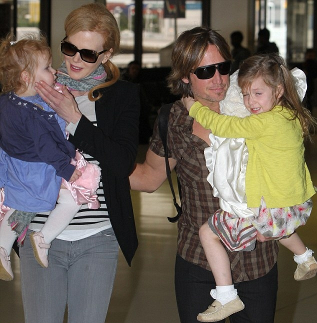Nicole Kidman, Keith Urban, and kids