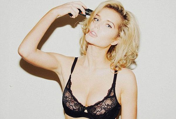 helen flanagan gun photo