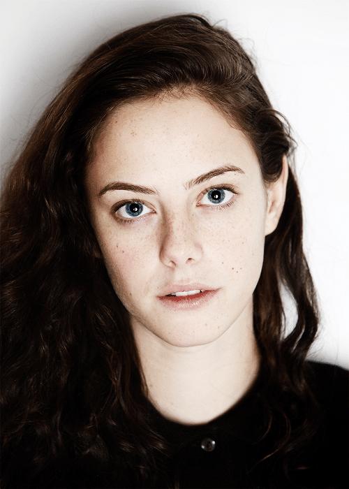 Kaya Scodelario without makeup