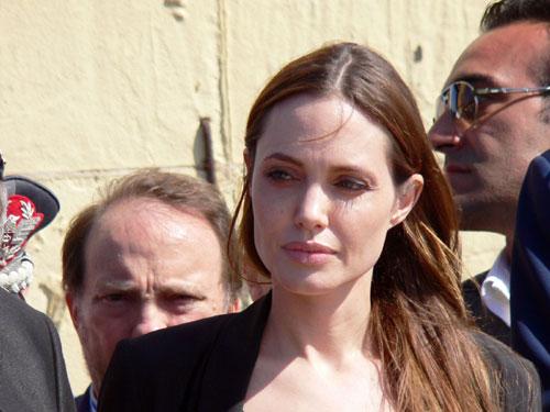 Angelina Jolie no makeup