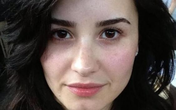 Demi Lovato Without Makeup - See Her No Makeup Photos Here!