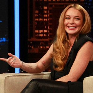 Lindsay Lohan co hosts Chelsea Lately