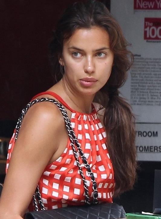 Irina Shayk No makeup