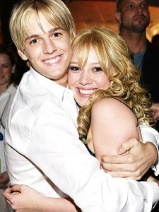 Aaron Carter Hilary Duff 2001