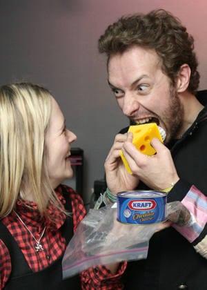 Chris martin eating cheese