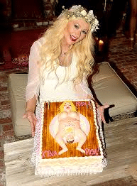 Christina Aguilera Baby Shower Cake