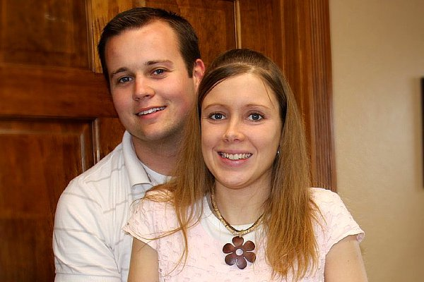 josh-and-anna-duggar-s-official-website-removed-following-molestation-scandal