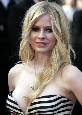 Bikini pic Avril lavigne
