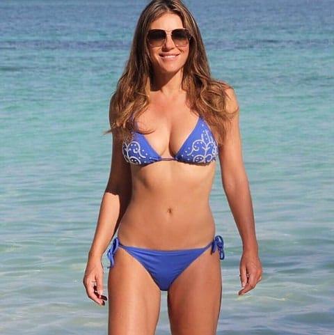 Elizabeth hurley bikini beae5de3 b800 4809 90d9 083fb77d263a