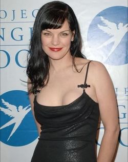 Pauley Perrette Nude Photos - See this Hot Goth Girl Naked ...