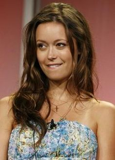 summer glau nude - naughty terminator takes off her clothes (21 pics)