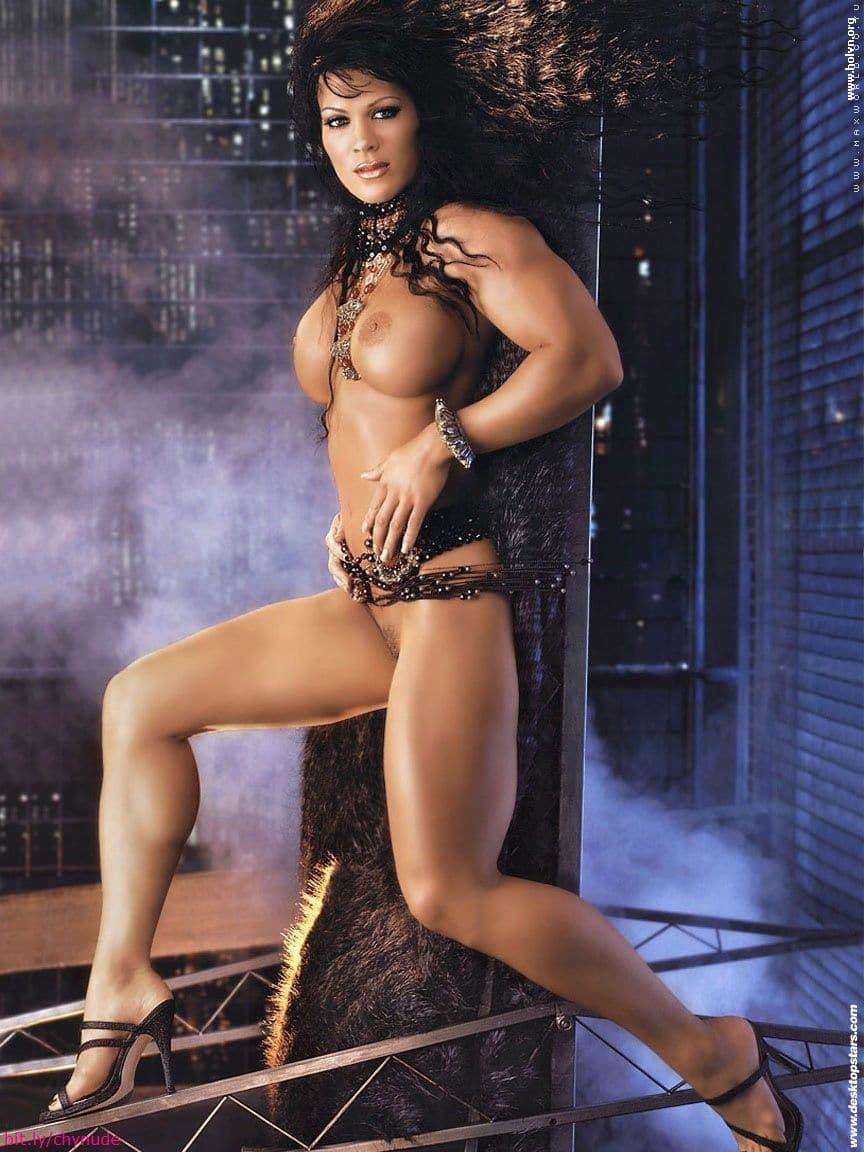 Sexy nude queens